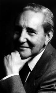 Tomás Alvira
